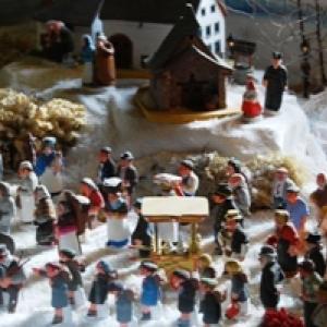 2=Village de santons sous la neige