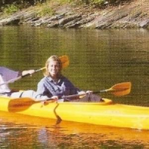 1 kayak orange