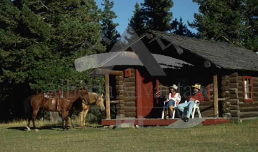 (c) Travel Alberta