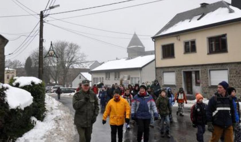 Beaucoup de participants à la 33e marche du Périmètre défensif de bastogne