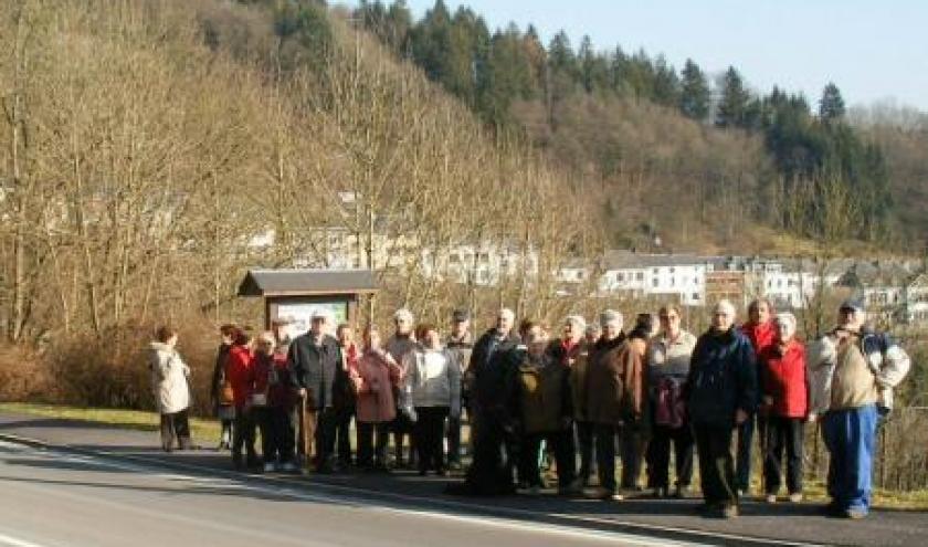 """1. le groupe devant la """"fenetre"""" sur Houffalize, a partir de la route de Liege"""