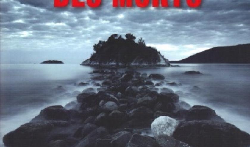 LA MÉMOIRE DES MORTS, roman de ERIC BERG