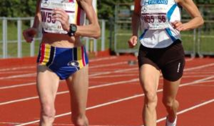 La future championne du monde devant la concurrente finlandaise ( 2eme )