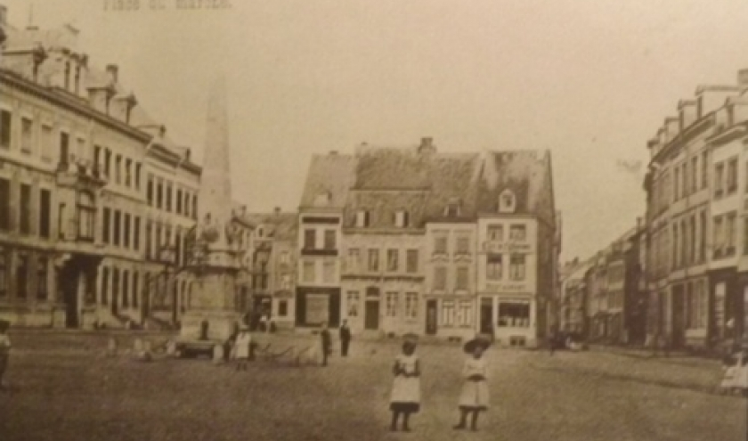 Place du Marche ( Place Albert 1er actuelle)