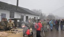 Le depart a Goronne, dans le brouillard.